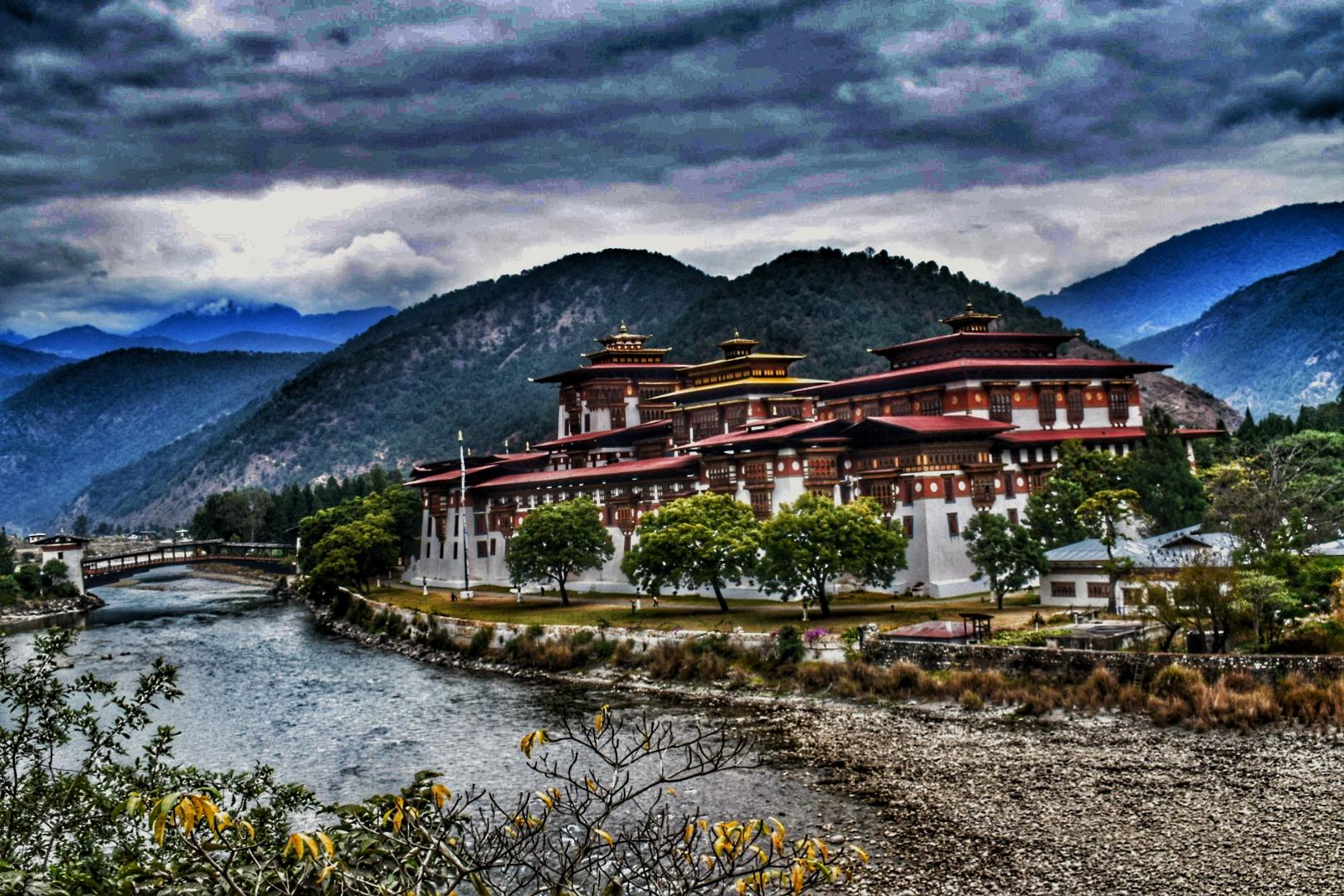 Conhecendo Punaka, no Reinado do Butão.