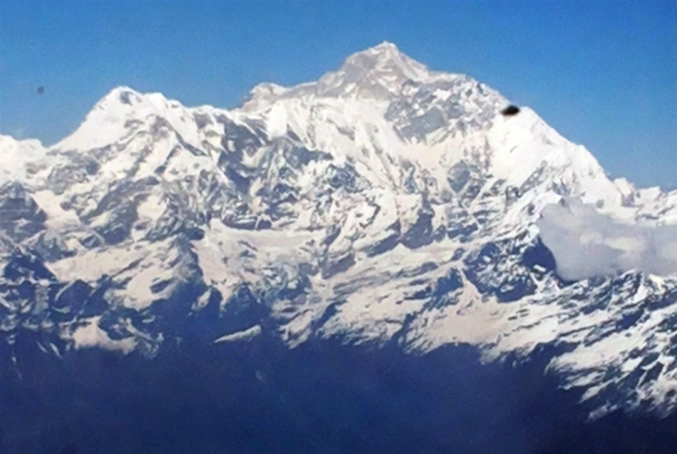 Como Chegar ao Butão(Vista do avião para o Monte Everest. Foto: Ana Arantes)