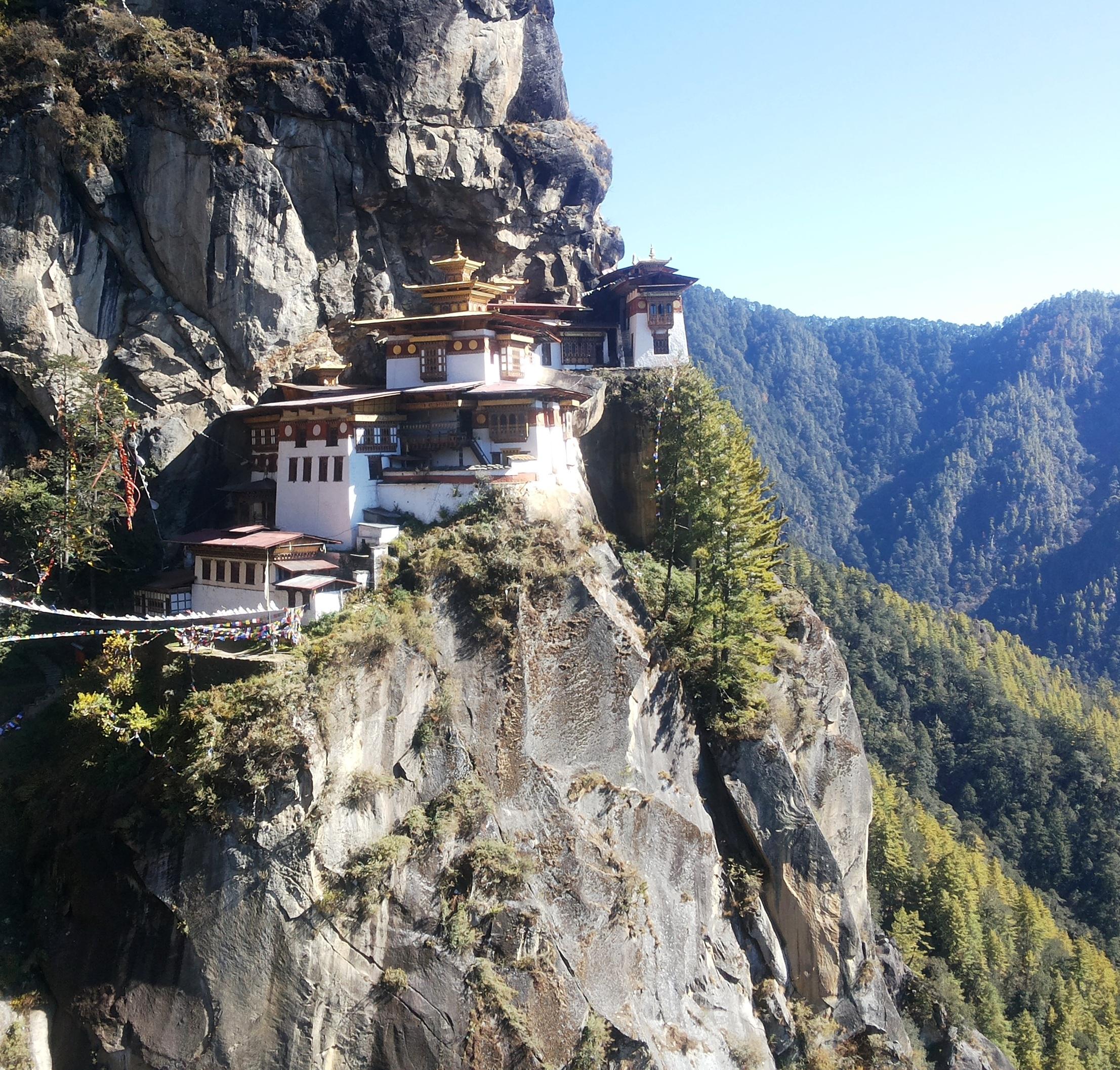 Pacote de viagem para o Butão