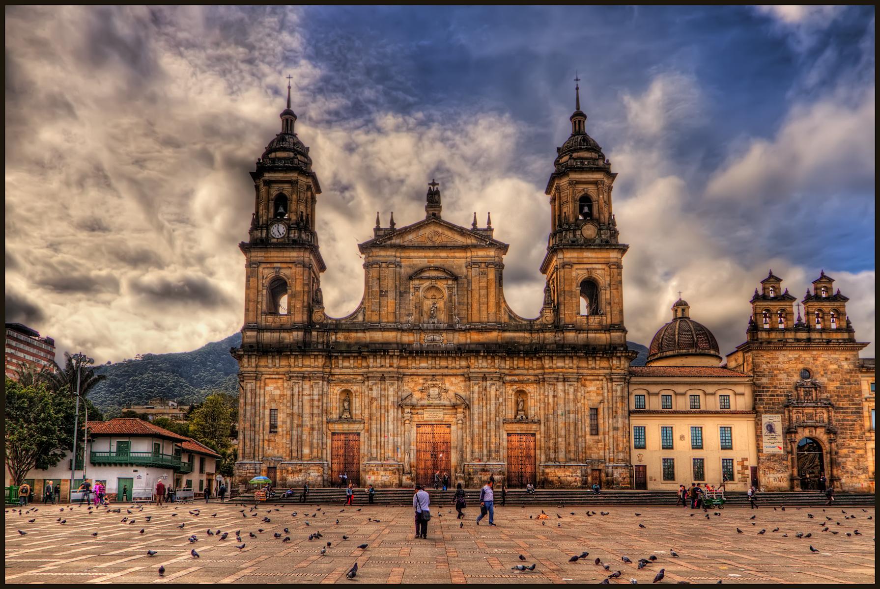 Pacote de viagem para Colômbia.